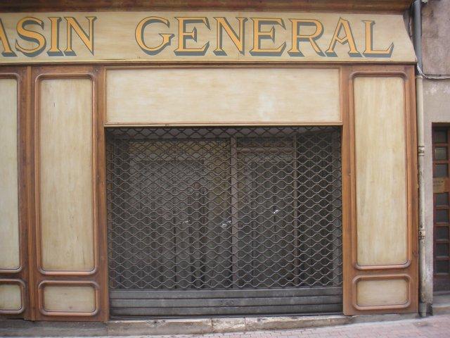 Devanture facade magasin bois for Magasin deco bois
